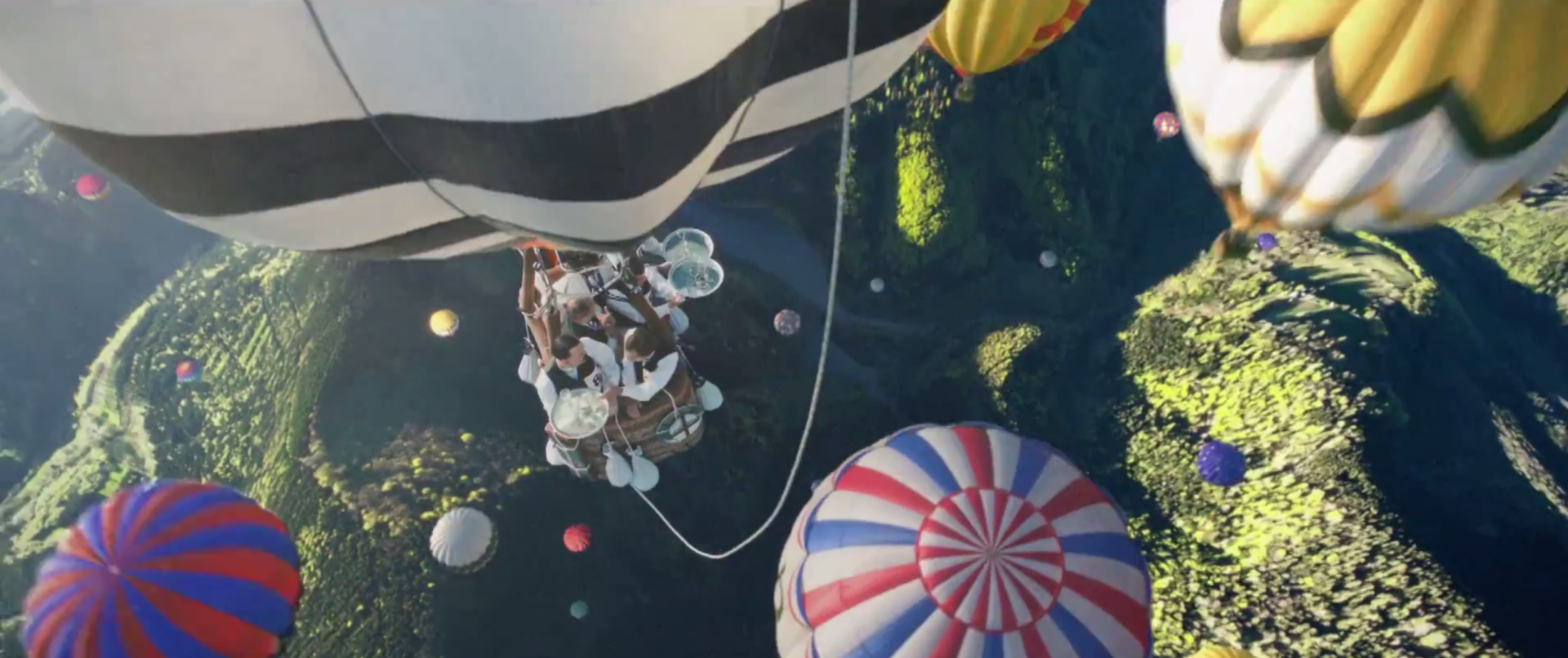 PERRIER_Hot_Air_Balloons2