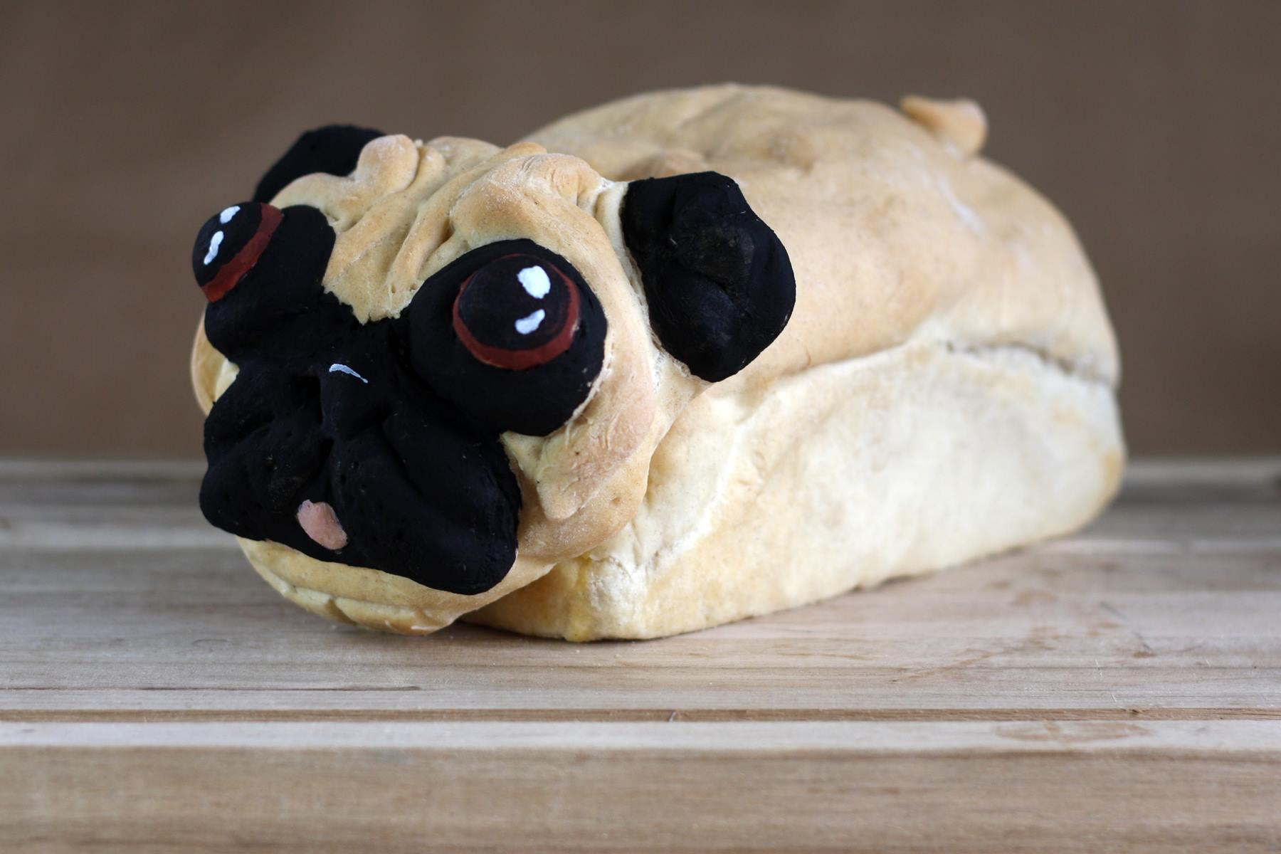 Un pain en forme de chien