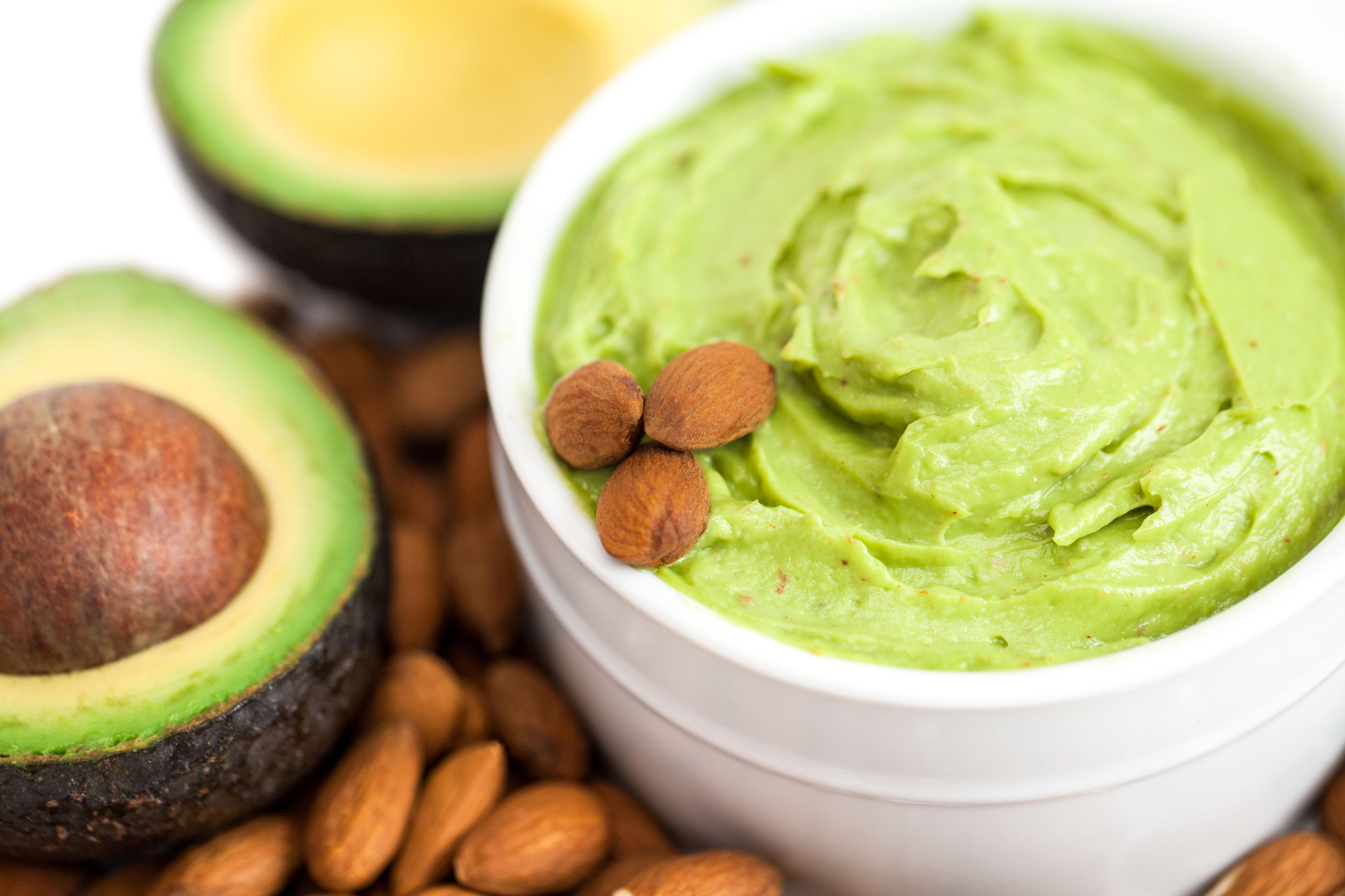 avocado-pate-tartine
