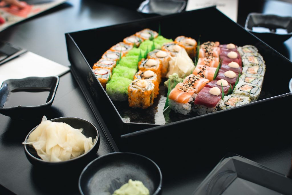 foodiesfeed.com_colorful-sushi-in-a-black-box-compressor
