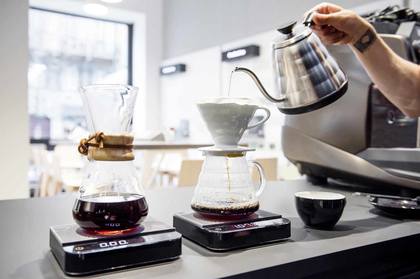 cafe-machine-moleskine